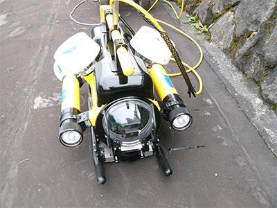 水中ロボット本体