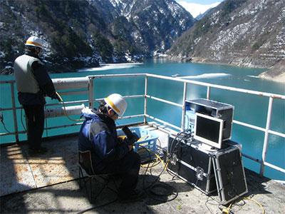 ROV調査風景